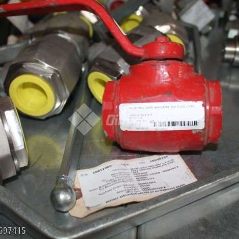 Used Cameron VALVE, BALL TWO WAY 1 1/4'' NPT 5.000 PSI STAINLESS STEEL year of 0 for sale, price ask the owner, at TurkPrinting in Ball Valve